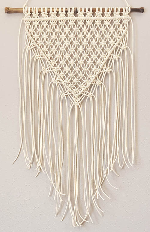 Boho Dorm Room Decor - It's easy with macrame!